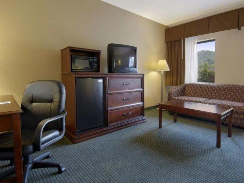 Baymont Inn & Suites Cherokee Smoky Mountains Wohnbeispiel