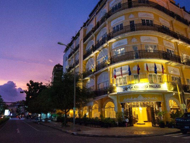 Le Grand Palais Boutique Hotel Außenaufnahme