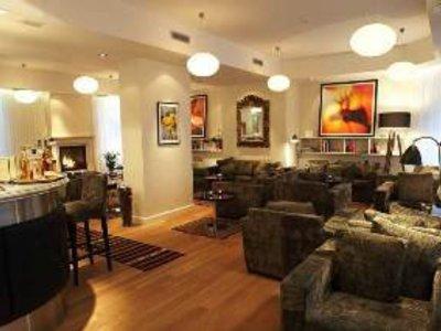 Surya International Lounge/Empfang