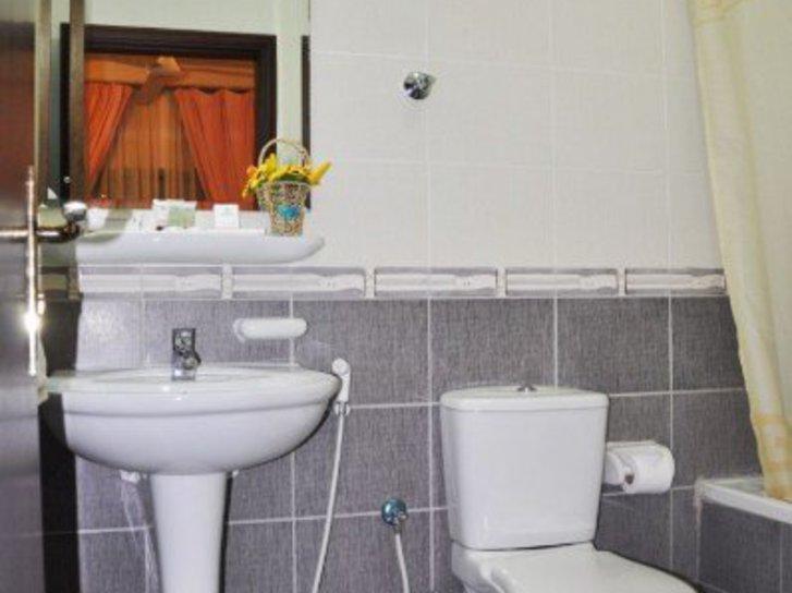 Safeer Hotel Suites Wohnbeispiel
