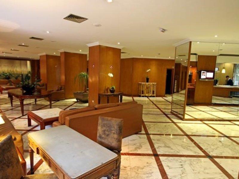 San Raphael Lounge/Empfang