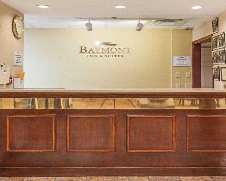 Baymont Inn & Suites Covington Lounge/Empfang