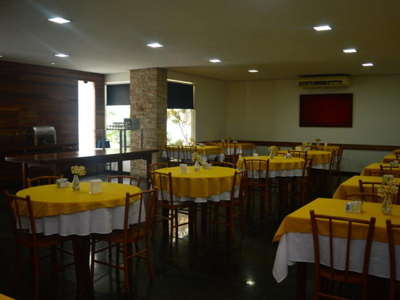 Entremares Restaurant