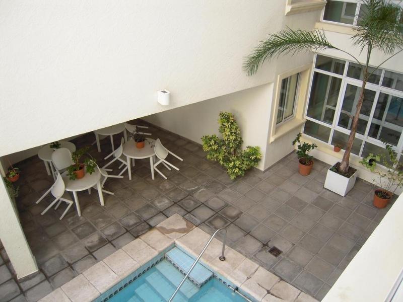 Condor Suites Apart Hotel Pool