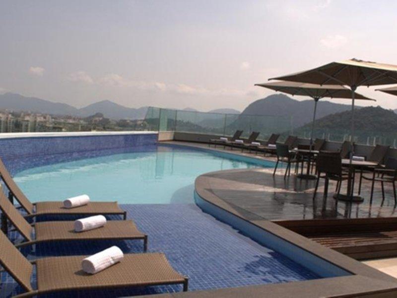 Americas Barra Hotel e Eventos Pool