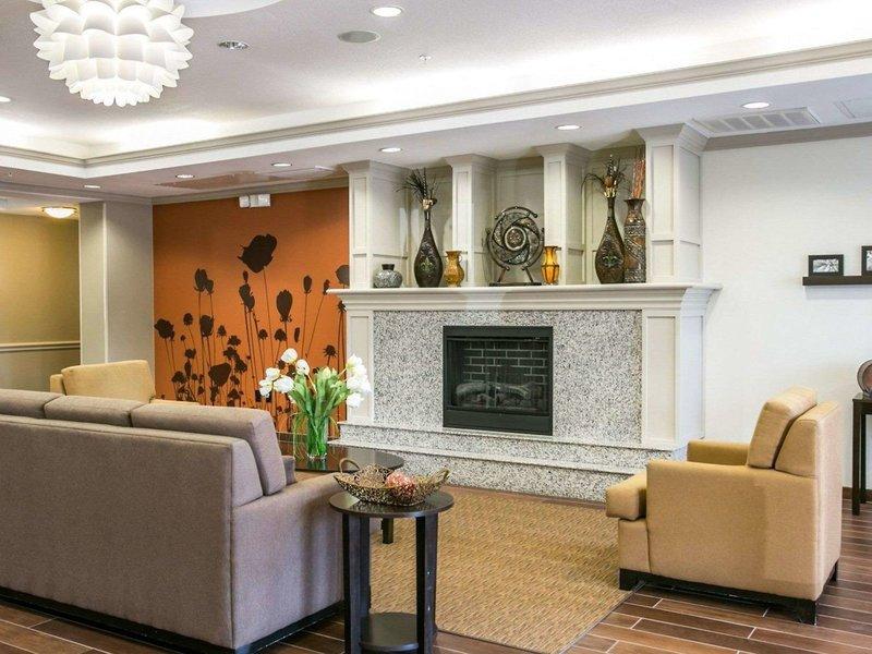 Sleep Inn & Suites Houston I-45 North Bar