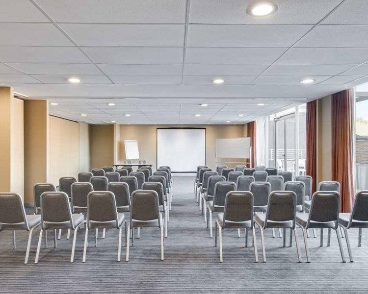 Adina Apartment Hotel Wollongong Konferenzraum