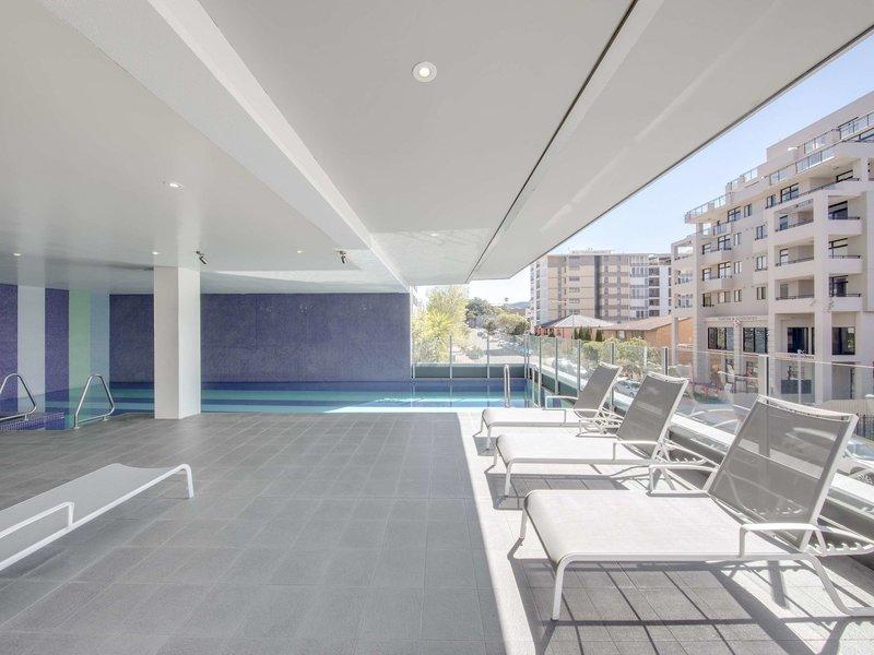 Adina Apartment Hotel Wollongong Pool