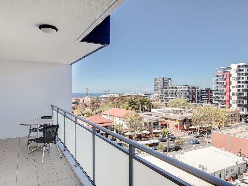 Adina Apartment Hotel Wollongong Terrasse