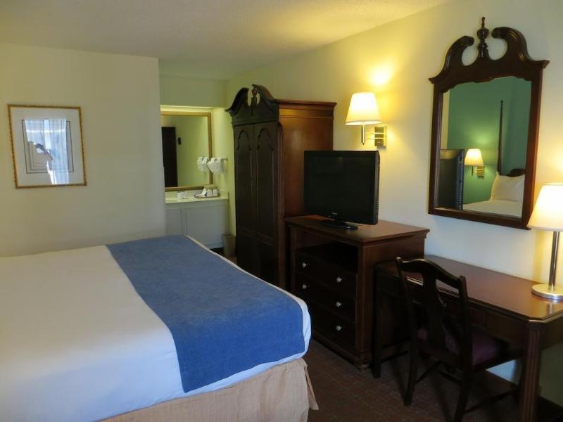 Baymont Inn Suites Florence Wohnbeispiel