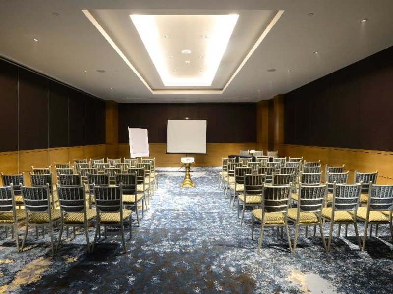 Vasa Hotel Surabaya Konferenzraum