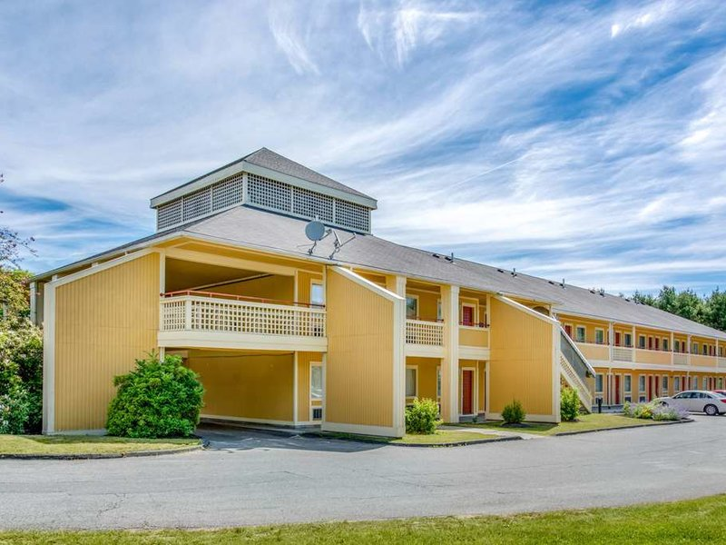 Econo Lodge Freeport Außenaufnahme