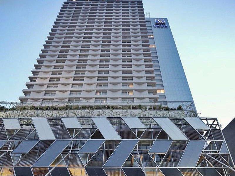 Vasa Hotel Surabaya Außenaufnahme
