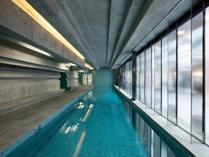 The Sebel Melbourne Docklands Pool