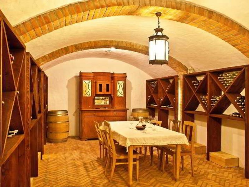 Gleboczek Vine Resort & Spa Restaurant