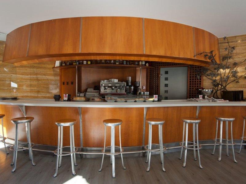 Vetusta Bar