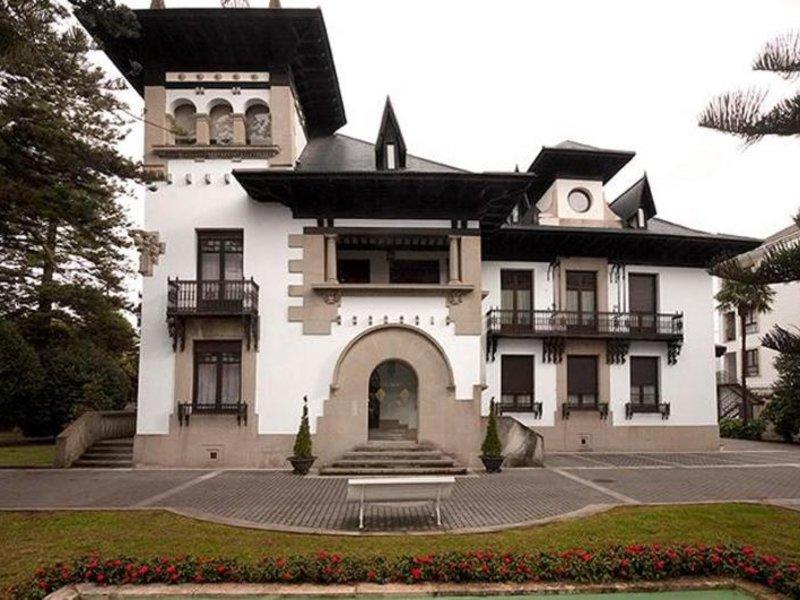 Hotel & Apartments & Palacio Arias Außenaufnahme