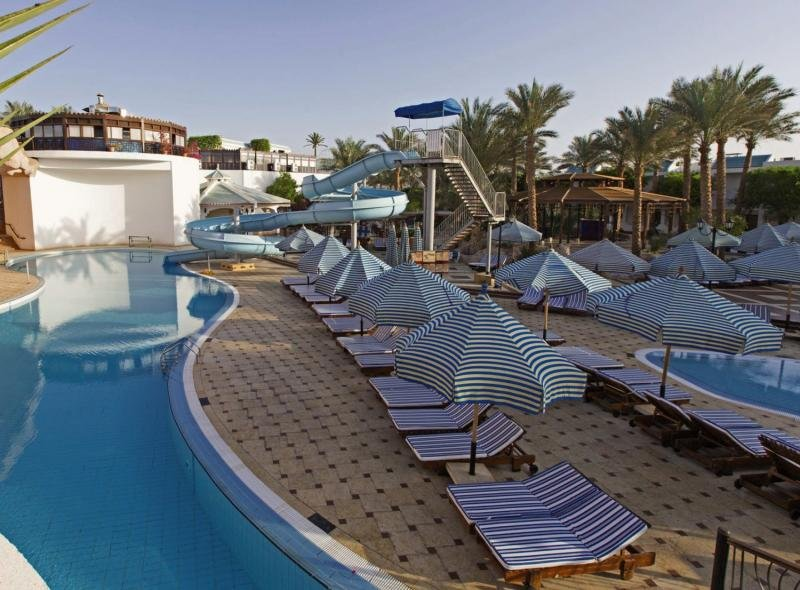 Sultan Gardens Resort Pool
