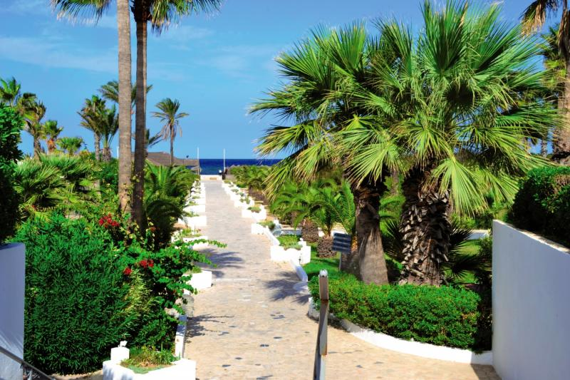 Hotel Club Tropicana & Spa  Garten