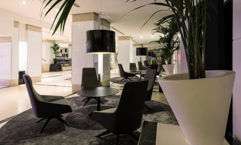 Palma Bellver by Melia  Lounge/Empfang
