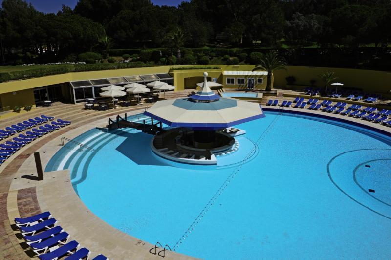 Pestana Delfim Beach & Golf Hotel Pool