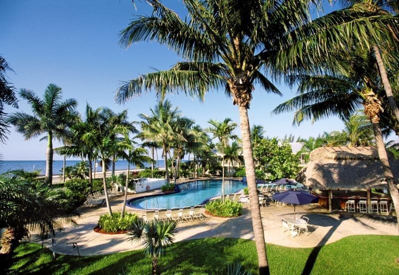 Best Western Key Ambassador Resort Inn Pool