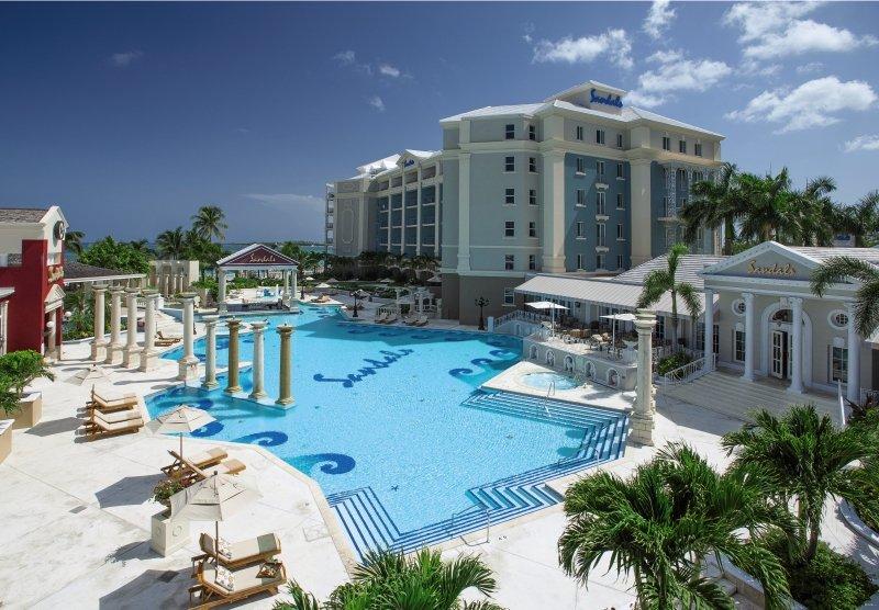 Sandals Royal Bahamian Spa Resort & Offshore Island Pool