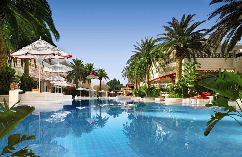 Encore Resort & Tower Suites at Wynn Las Vegas Pool