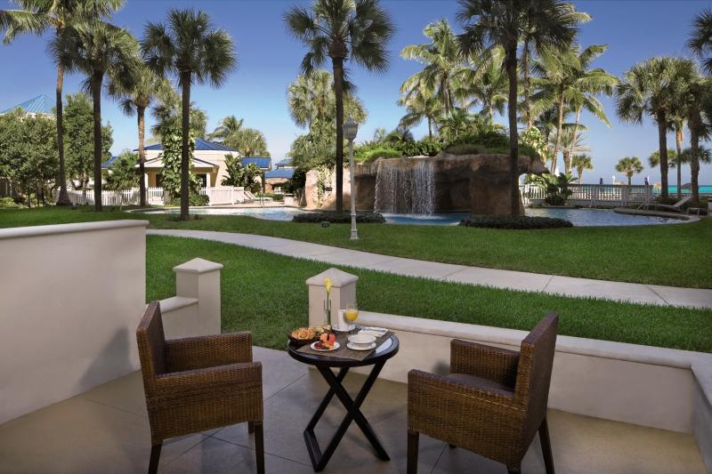 Melia Nassau Beach Resort Terrasse