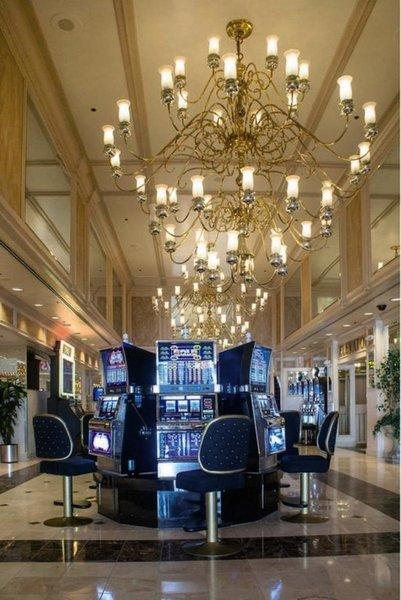 Four Queens & Casino Bar