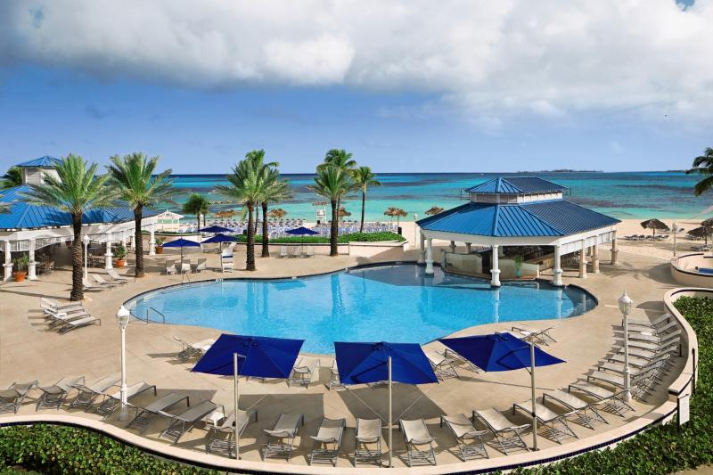 Melia Nassau Beach Resort Pool