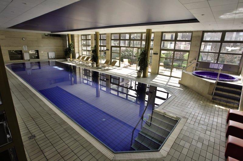 Adina Apartment Hotel Budapest Hallenbad