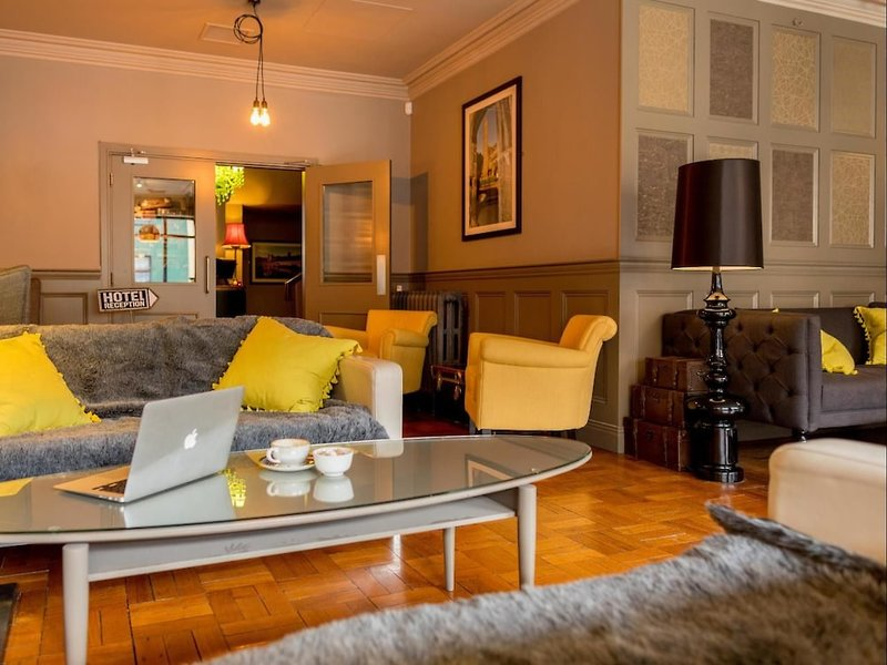 Kilkenny Inn Lounge/Empfang