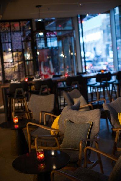 Renaissance Montreal Downtown Bar