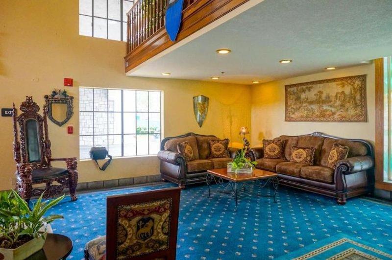 Castle Inn & Suites Lounge/Empfang