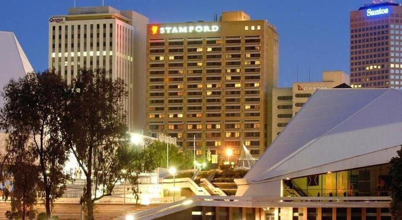 Stamford Plaza Außenaufnahme