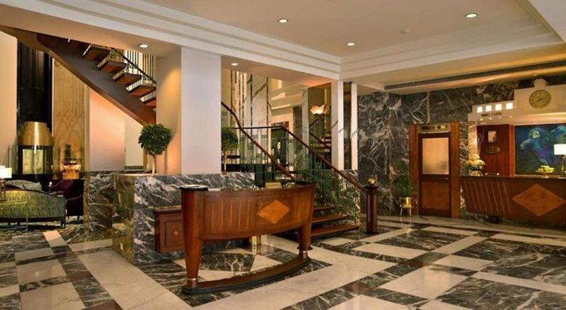 Marine Plaza Lounge/Empfang