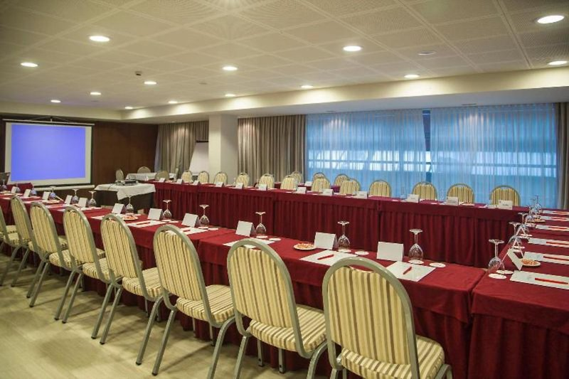 Centric Atiram Konferenzraum