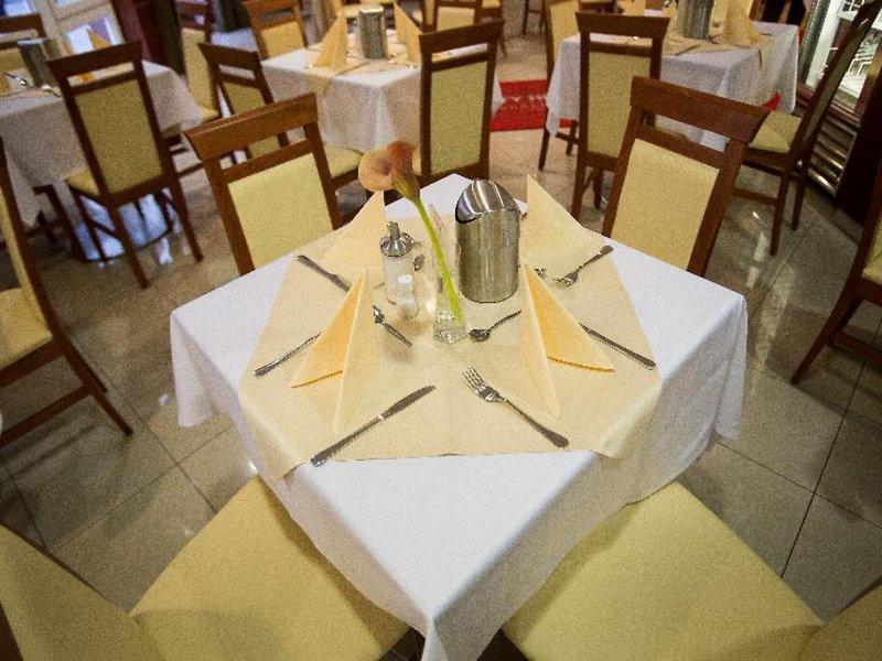 City Hotel Budapest Restaurant