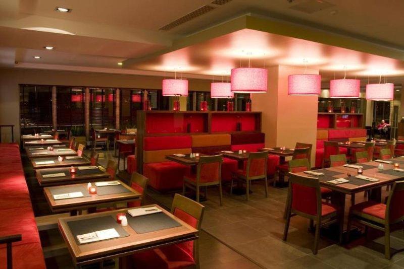 Desilva Piaseczno Restaurant