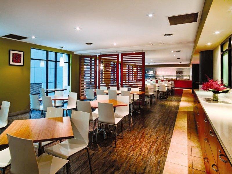 Travelodge Sydney Wentworth Avenue Restaurant