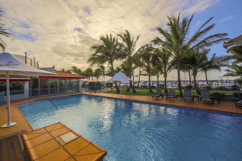 Clarion Mackay Marina Pool