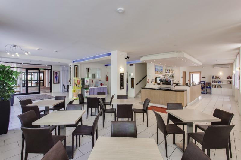 Metropolitan Village Restaurant