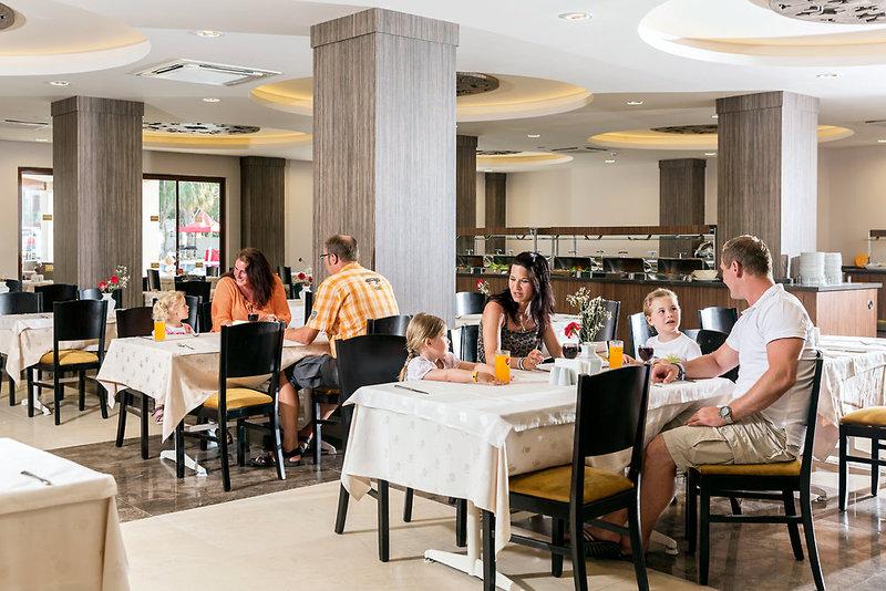 COOEE Serra Garden Restaurant
