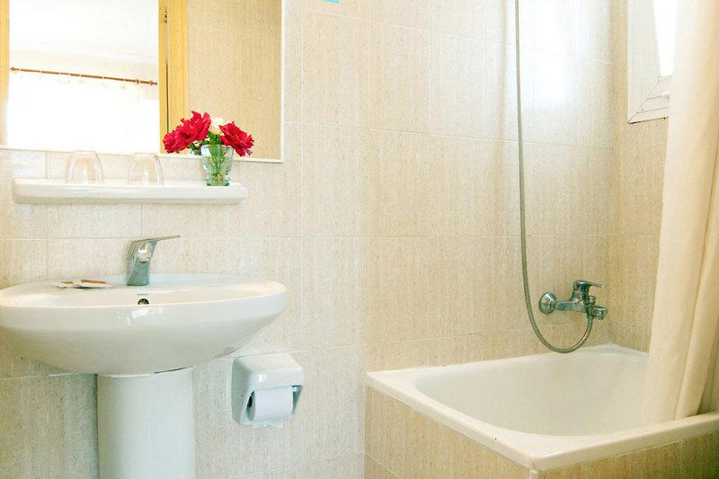 Hostal Montesol Badezimmer
