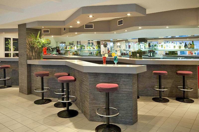 Hostal Montesol Bar