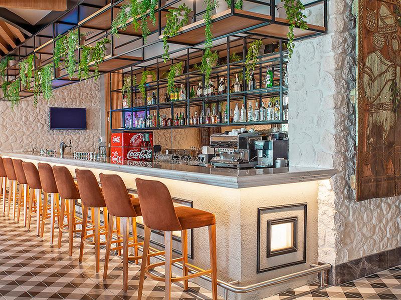 Side Royal Luxury Hotel & Spa Bar