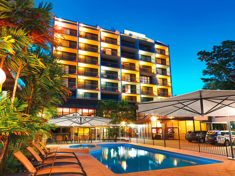 Travelodge Rockhampton Pool
