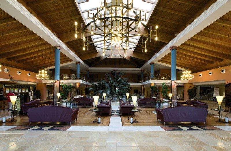 Hipotels Barrosa Palace & Spa Lounge/Empfang