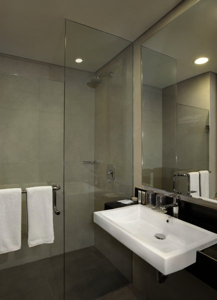 PrimeBiz Kuta Hotel Badezimmer